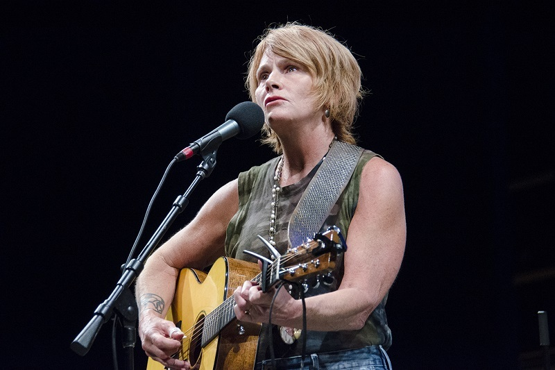 ShawnColvin live on mountain stage
