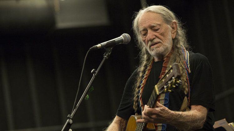 willie nelson 2 photo by james minchin